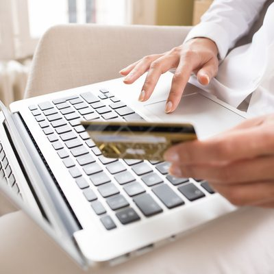 How Credit Cards Work: Interest, Minimum Payments, Grace Periods and More!